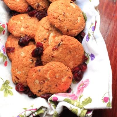 Cookies all'olio EVO, con mirtilli rossi e cioccolato bianco