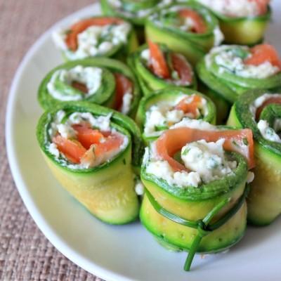 Involtini di zucchine, salmone e stracchino