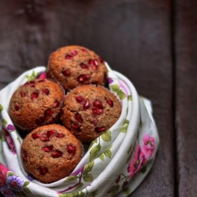 Muffins integrali al miele e melagrana