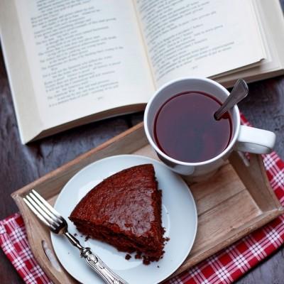 Torta all'acqua al cioccolato fondente